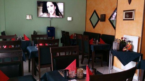 Naan n Curry: Restaurant Indien a Clendy 9, Yverdon