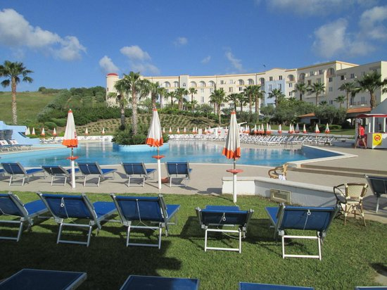 Costanza Beach Club : la piscine
