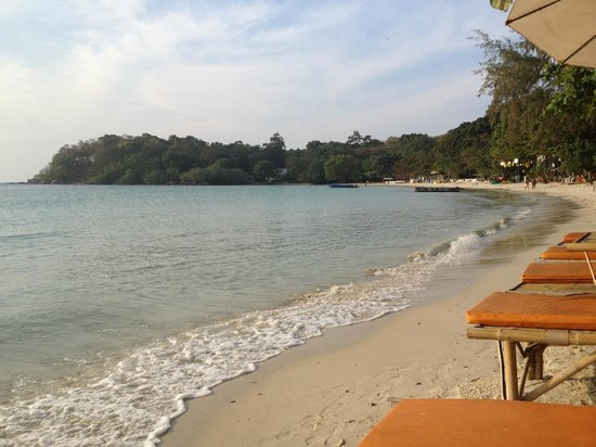 La Lune Beach Resort: lookin right