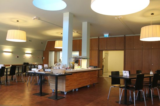 Hotel Marta: Sala de desayuno