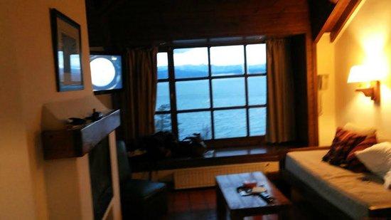 Pailahue Lodge & Cabanas: Vista del lago desde la habitacion