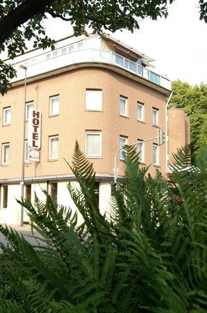 TOP Hotel Buschhausen: Buschhausen Adenauerallee