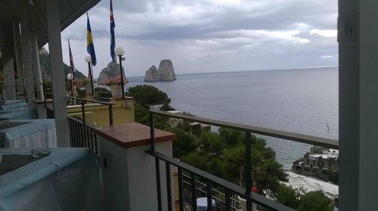 Hotel Weber Ambassador Capri: Vista con tempo più cupo