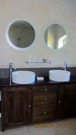 Iden, UK: Bathroom