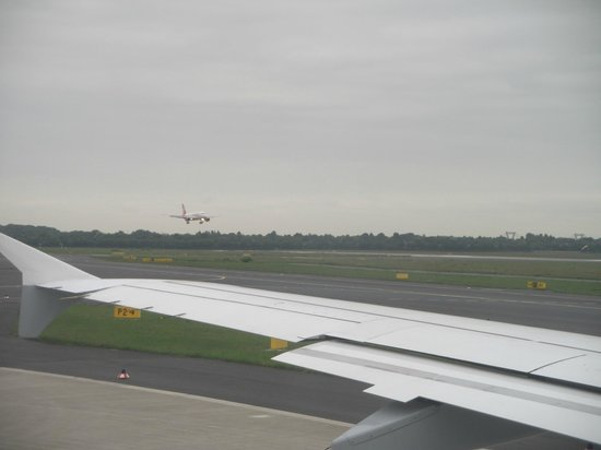 Flughafen Düsseldorf Besucherterrasse: 6