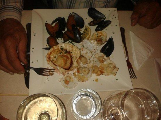"""Ristorante Pizzeria Da Bepo : Tris di """"molluschi"""" gratinati"""