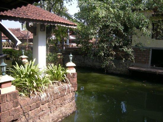 Punnamada Resort: Resort Gardens