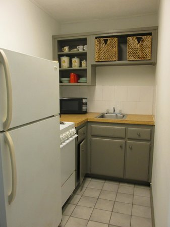 Sta'n Pla Motel: Kitchen