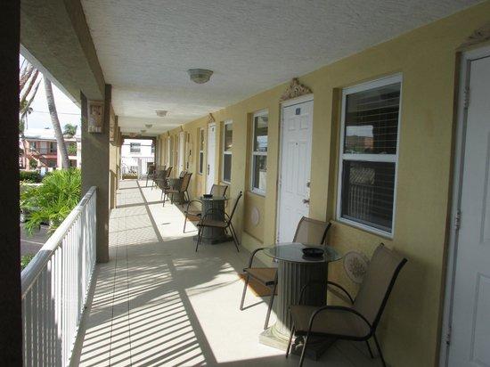 Sta'n Pla Motel : Hallway