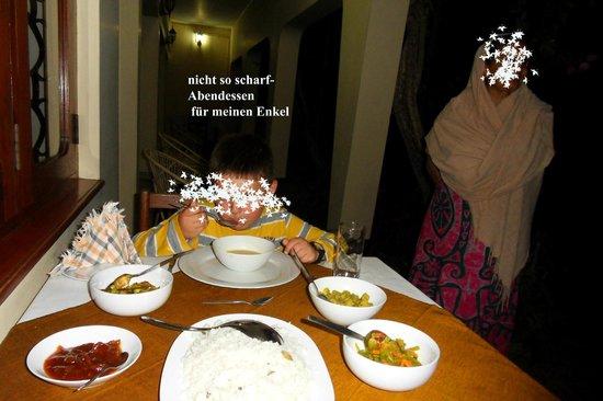 Royal Tourist Lodge: Abendessen