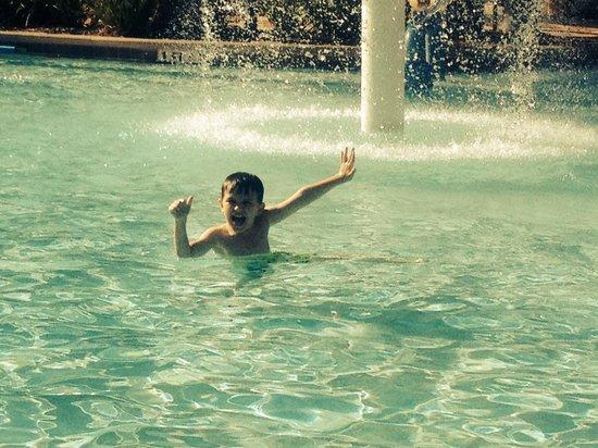 Floridays Resort Orlando: Having a BLAST at Floridays Resort!!