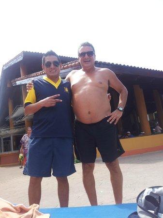 Allegro Papagayo: Con Perú