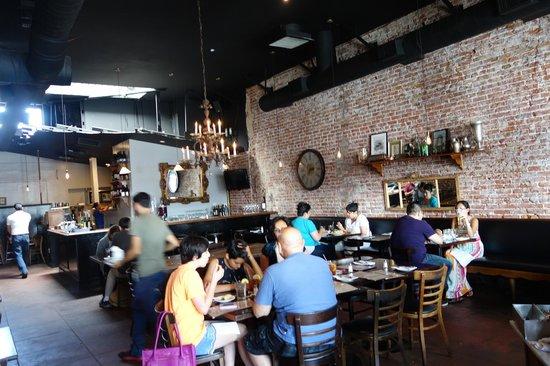 1810 Argentinean Restaurant Vista Interior