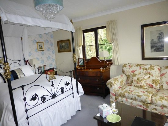 Coedllys Country House B&B: Swallow Bedroom