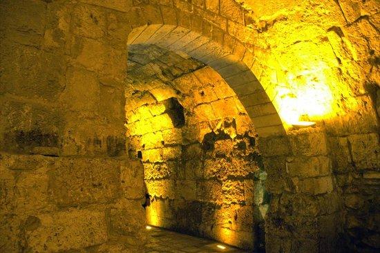 Muro de las Lamentaciones: Tunnels