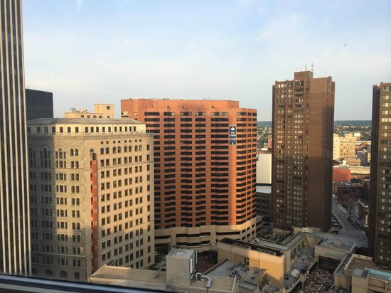 Embassy Suites by Hilton Baltimore Inner Harbor: 9am from 27th floor