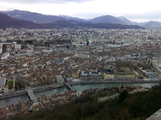 Bastille : The city of Grenoble from the top