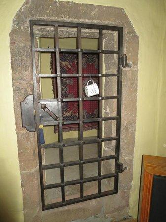 """Faside Estate B&B: """"Jail Cell"""""""