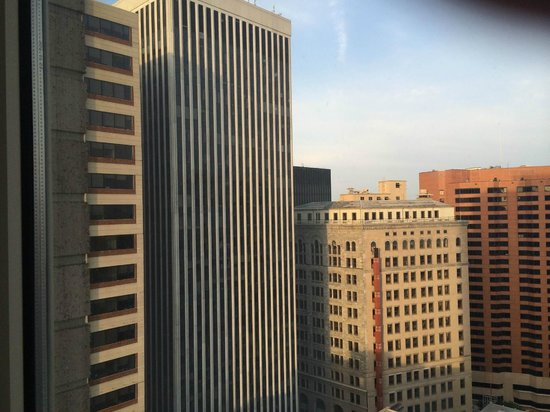 Embassy Suites by Hilton Baltimore - Inner Harbor: 9am from 27th floor