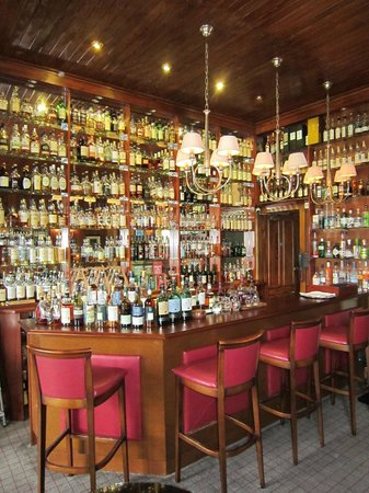 The Torridon: Whisky bar