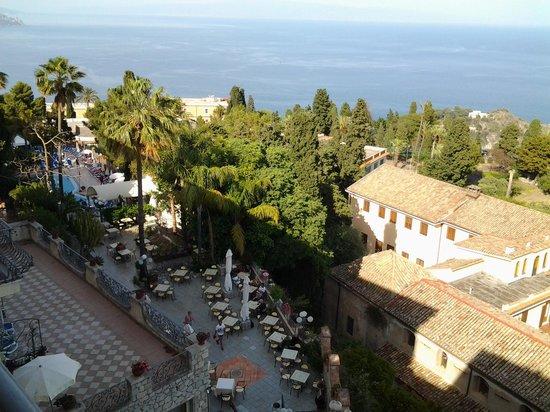 Hotel Ariston: pool & gardens
