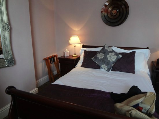 The Lord Rosebery : room
