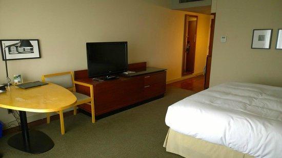 Hilton Toronto: Room view#2