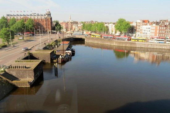 DoubleTree by Hilton Hotel Amsterdam Centraal Station: View from room 425