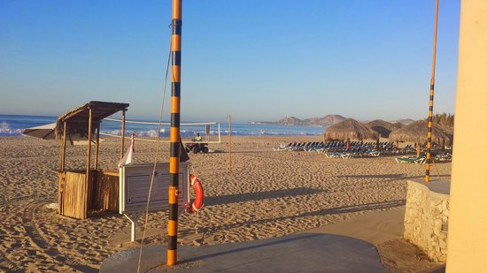 Royal Solaris Los Cabos: Beaches were nice but can't swim in ocean.