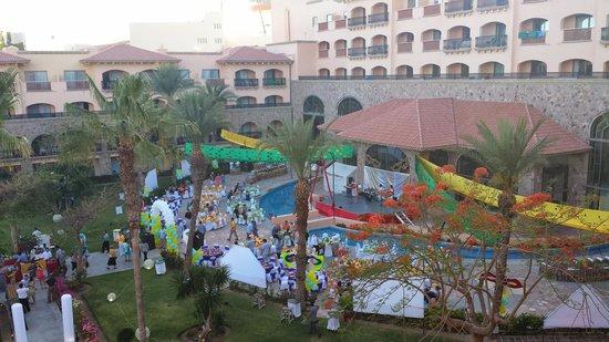 Royal Solaris Los Cabos: The member Carnival night