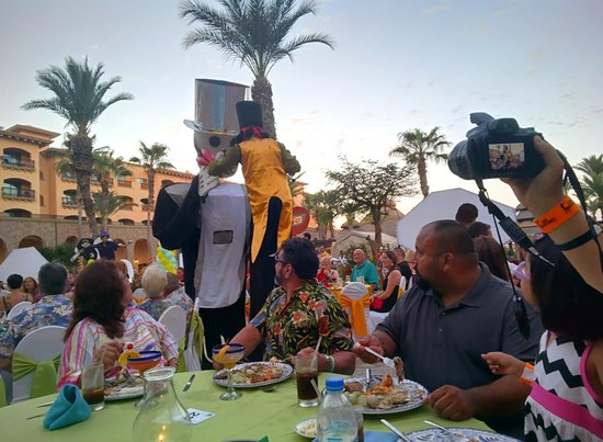 Royal Solaris Los Cabos: Part of the member dinner