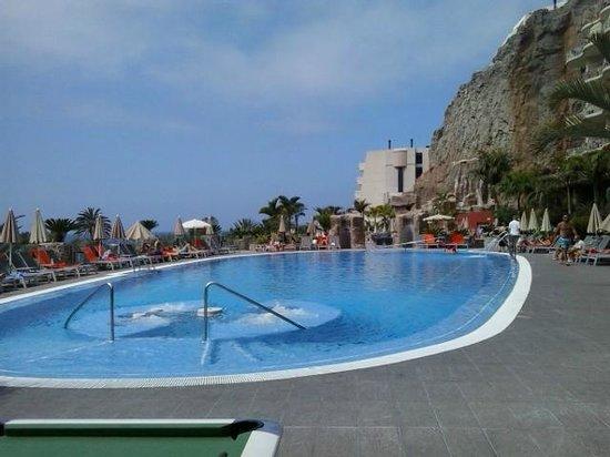 Paradise Valle Taurito: La piscina
