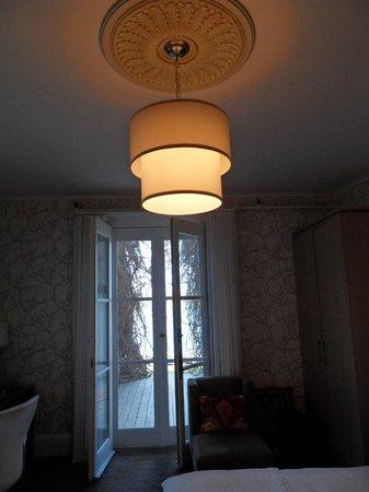 Manoir Hovey : Lampe ... magnifique