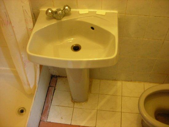 """The Continental Hotel: il """"bagno"""""""