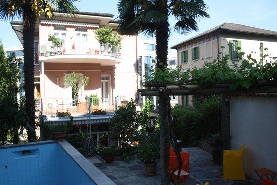 Albergo Stella Hotel: Albergo Stella garden & pool