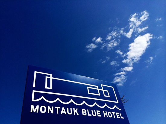 montauk blue hotel just perfect picture of montauk blue. Black Bedroom Furniture Sets. Home Design Ideas