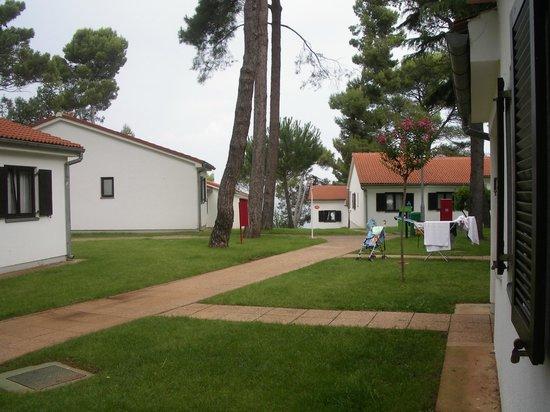 Villa Laguna Galijot: Территория отеля