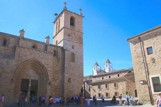 Old Town of Cáceres: Plaza de la Catedral