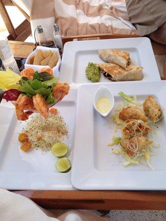 Casa Velas: Poolside Lunch