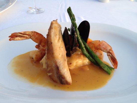 Casa Velas : beachclub seafood trio dinner