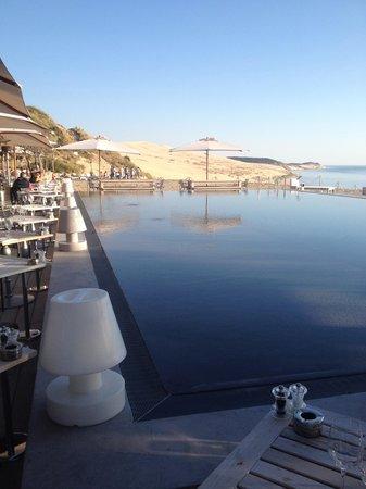 La Co(o)rniche : piscine miroir