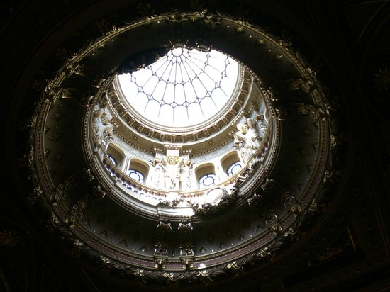 Fitzwilliam Museum: Ceiling at the entrance hall