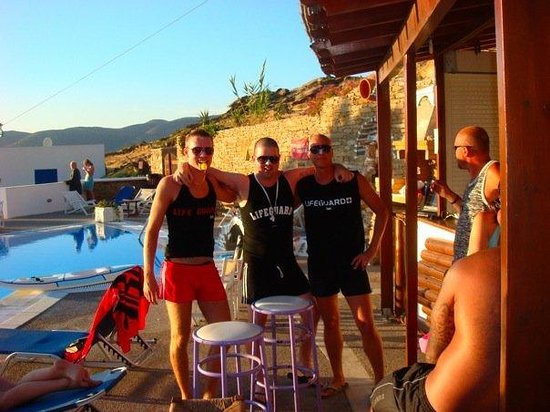 Skala Hotel : party on pool