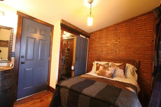 Triple Creek Lodge: Elk Creek Room w. Double Bed