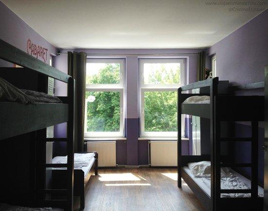 Sunflower Hostel: Habitación