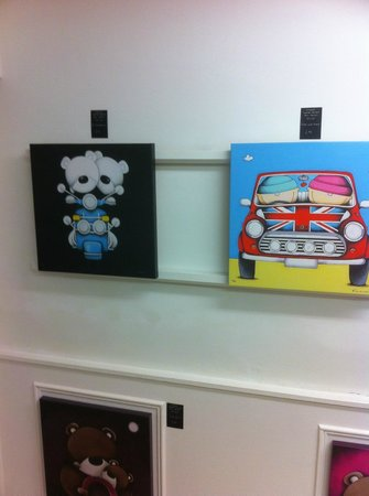 Garry Floyd Fine Art Gallery: some of the limited edition box canvases available