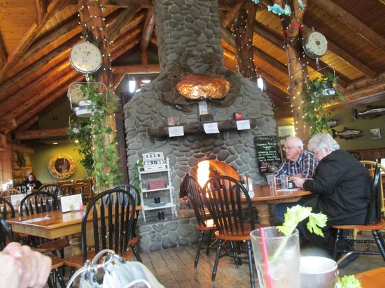 Morris' Fireside Restaurant, Cannon Beach, OR