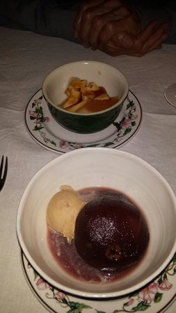 Hôtel d'Alibert: Two desserts - tradtional crème caramel (top) and poached pear in red wine.