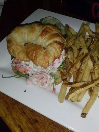 The White Horse Tavern: Lobster BLT