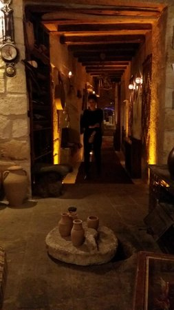 Dibek: Long passage way, view from back of the restaurant